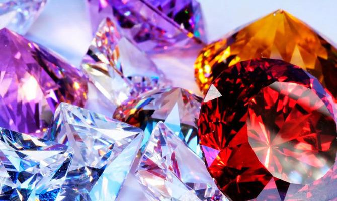 Полезные свойства синтетических камней