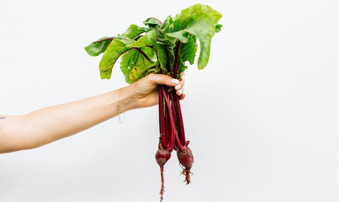 Полезная ботва моркови, свеклы и редиски