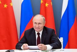 Владимир Путин привился вакциной «Спутник V»