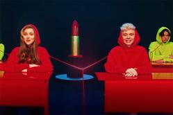 Младшая дочка Алсу представила вниманию поклонников клип на новую песню