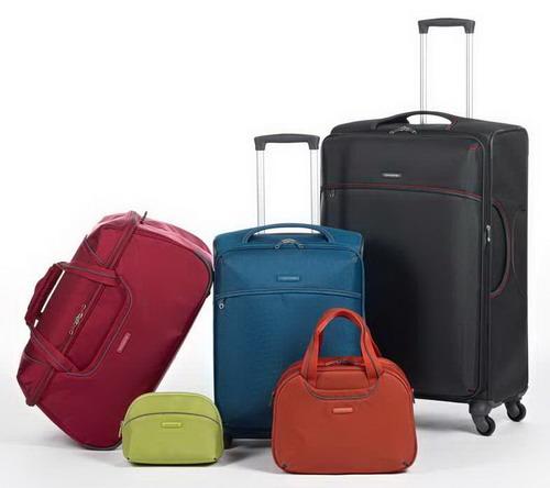 2d06f8d3ac5c Чтобы весь багаж сочетался по стилю и фактуре, Samsonite создает в рамках  одной коллекции разные виды сумок – чемоданы, портпледы, дорожные сумки, ...